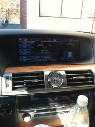 Lexus 300h hybrid dashboard