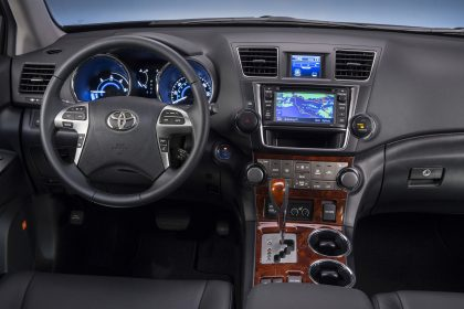 Toyota Highlander Hybrid Electric Car Limited