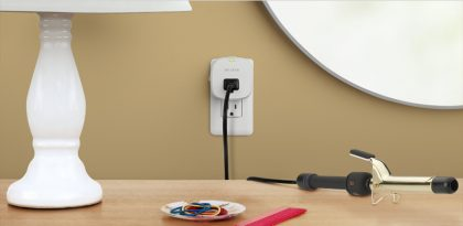 Smappee device plugged in to save energy