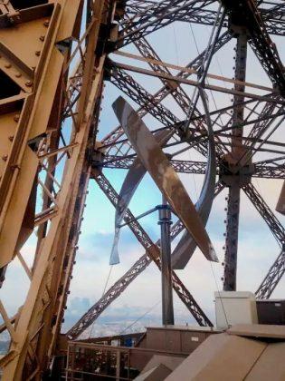 Eifell Tower wind turbines