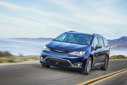 Green Car Reports >> Green Car Reports Best Car To Buy Chrysler Pacifica Hybrid Named