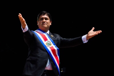 """President Carlos Alvarado made the pledge in his inauguration speech this week. All where he described the """"titanic and beautiful task"""" of abolishing the use of fossil fuels. """"Decarbonisation is the great task of our generation. So Costa Rica must be among the first countries in the world to do it. If not being the first,"""" he said."""
