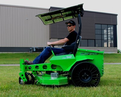 Michelin's revolutionary X Tweel line is now available on select all-electric, zero-turn-radius Mean Green commercial mowers. (PRNewsfoto/Michelin)