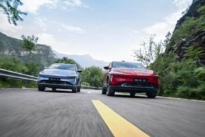 The G3's rating reflects consumer recognition of its quality and intelligence. It obtained the highest total score of 92.2% among electric vehicles in China's New Car Assessment Program (C-NCAP) safety test; and top G (good) scores in occupant safety, pedestrian safety, and vehicle auxiliary safety in the Chinese Insurance Automotive Safety Index (CIASI) crash test. Equipped with XPILOT 2.5, the G3 has the strongest autonomous driving assistance system in its class, with its auto parking feature ranked top by i-VISTA in 2020. Supported by XPeng's in-house developed intelligent in-car operating system Xmart OS, the utilization rate of the AI-powered voice assistant exceeds 99%. The G3 has received 15 major firmware OTA upgrades since its launch, adding 55 new functions as of March 31, 2021. Since its launch, the G3 has become the second best-selling pure electric SUV in China's mid-to-high-end market for more than two years. In the first quarter of 2021, the G3 came first in amount of insurance registration numbers among A-class pure electric SUVs in China. The G3's mid-phase facelift version G3i was launched in July 2021 in the Chinese market, with delivery starting in September 202I. The J.D. Power study, now in its third year, measures new-vehicle quality by examining design-related and defects/malfunctions problems experienced by NEV owners in China within the first two to six months of ownership. New-vehicle quality is determined by problems cited per 100 vehicles (PP100), with a lower number of problems indicating higher quality. Specific diagnostic questions include 236 problem symptoms across 10 categories: features/ controls/displays; exterior; interior; infotainment system; seats; driving experience; driving assistance; powertrain; battery/charging; and climate. The study is based on responses from 3,976 vehicle owners who purchased their vehicle between September 2020 and March 2021. The study includes 50 models from 28 different brands, among which 32 mod